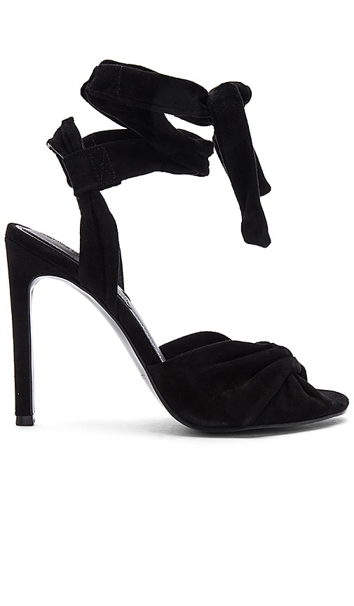 KENDALL + KYLIE Delilah Heel in Black