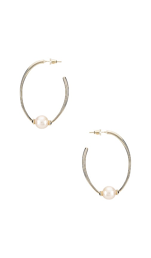 Regina Earring