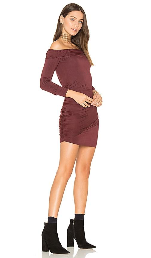 krisa Ruched Off Shoulder Mini Dress in Burgundy