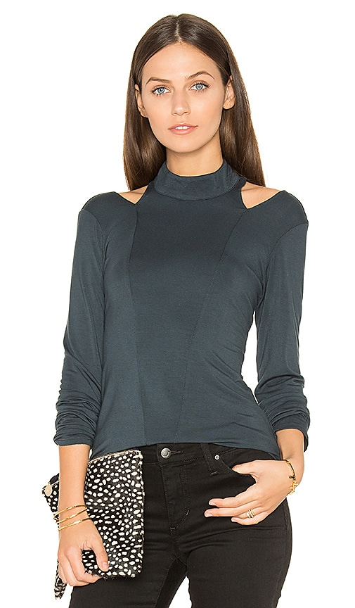 krisa Cutout Turtleneck Top in Teal