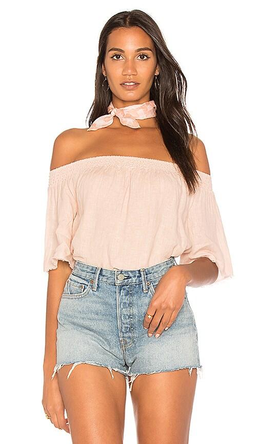 krisa Linen Off Shoulder Top in Blush