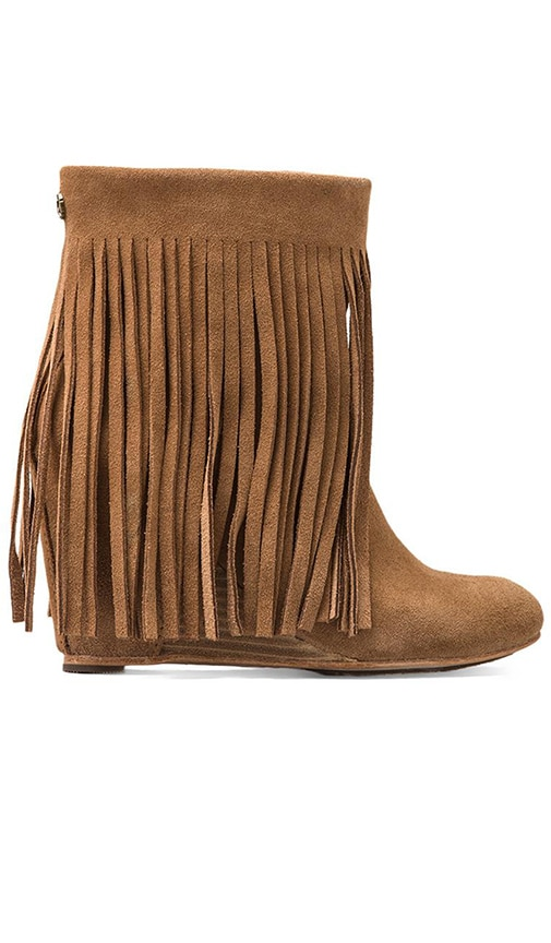Zarin Fringe Boot