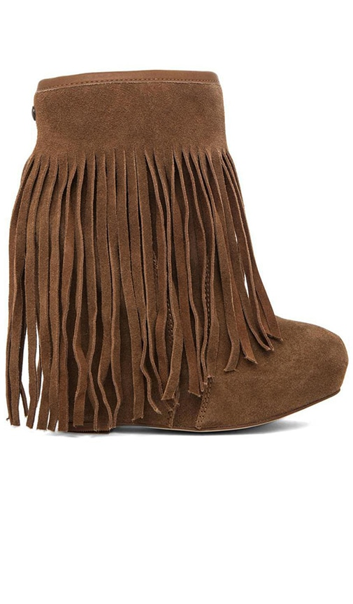 Veleta Fringe Wedge Boot