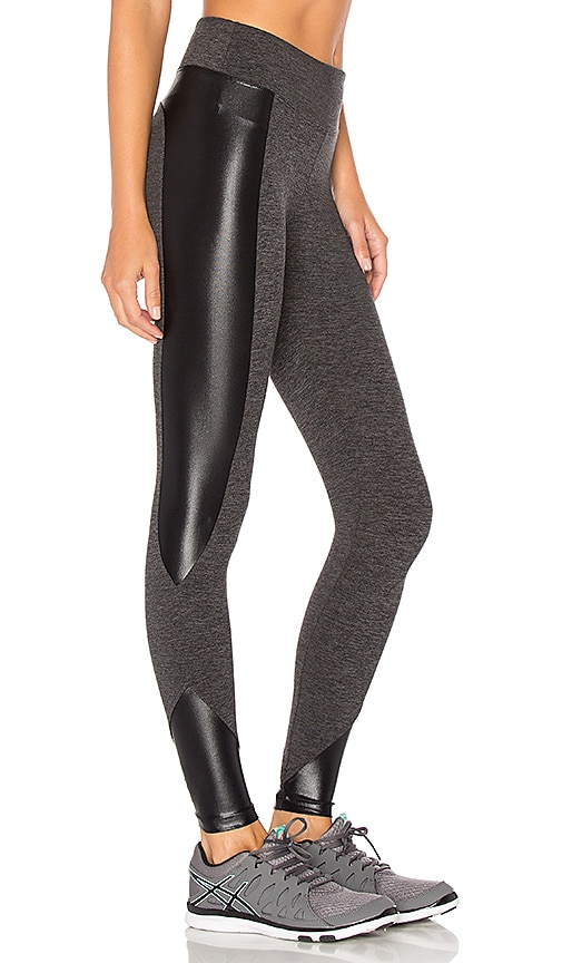 KORAL Curve Crop Legging in Grey