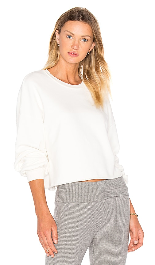 LACAUSA Cropped Pullover Sweatshirt in White