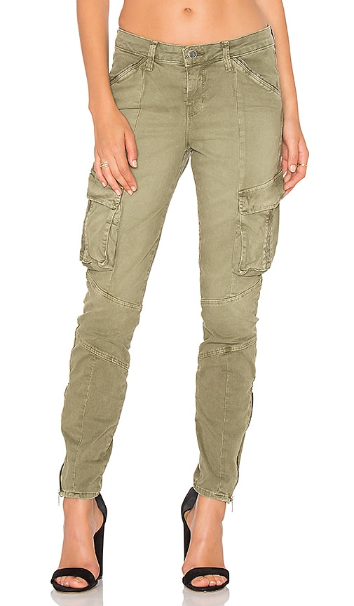 L'AGENCE Montgomery Skinny Cargo Pant in Olive