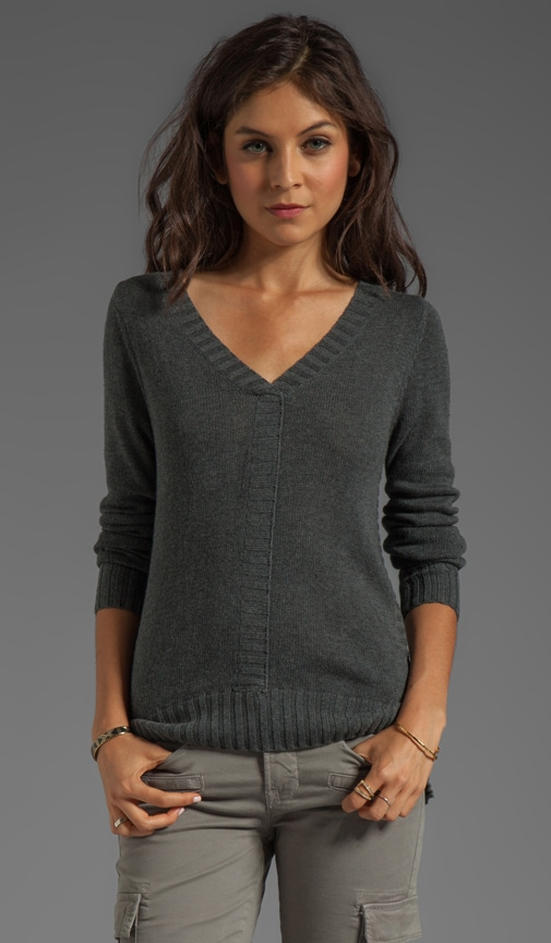 V-Neck Pull Over with High-Low Hem