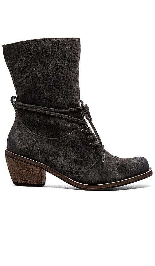 Latigo Portland Boot in Mid Grey