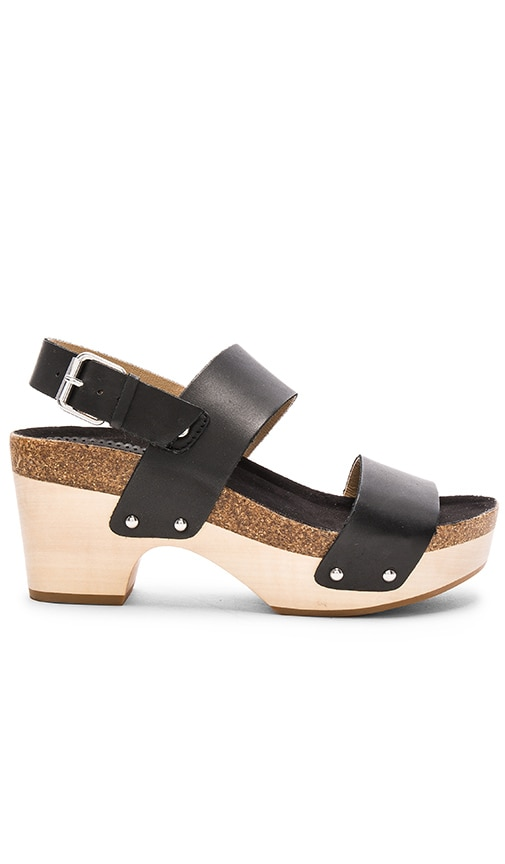 Latigo Larry Sandal in Black