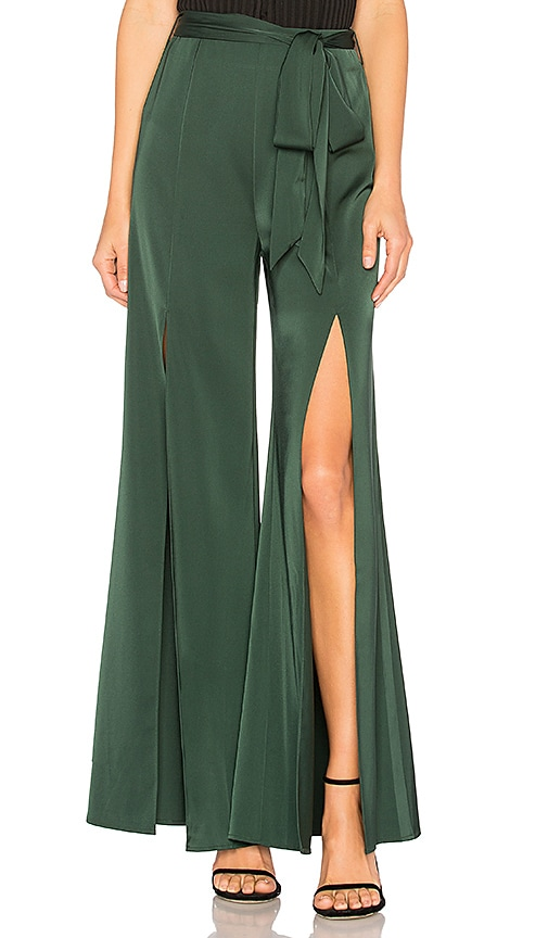 L'Academie Claude Pant in Green
