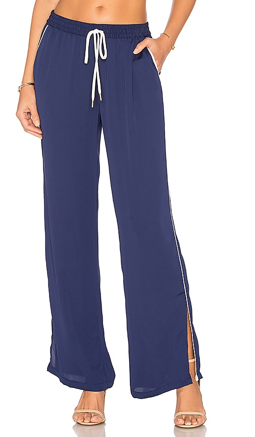 L'Academie The Lounge Pant in Navy