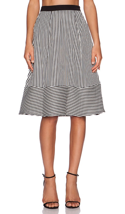Pleat Full Skirt