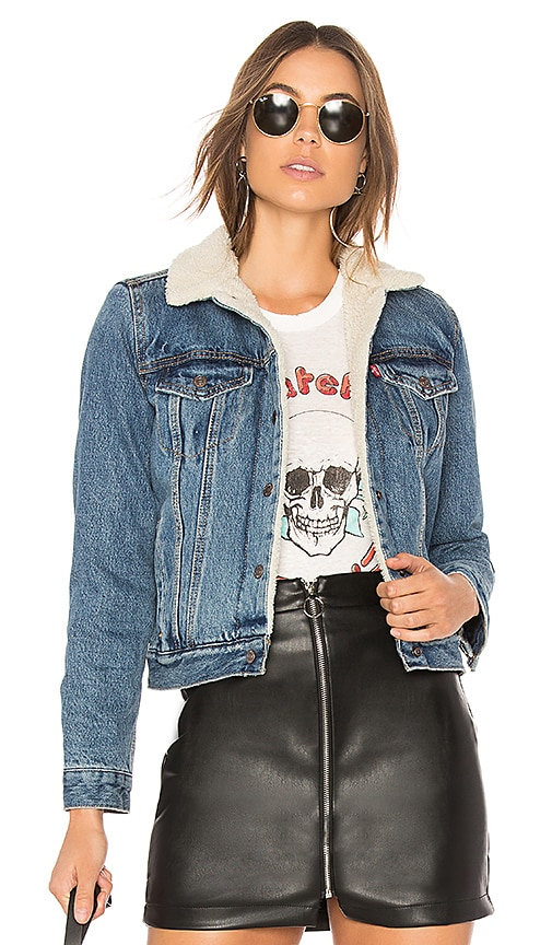 LEVI'S Original Sherpa Trucker Jacket in Extremely Loveable