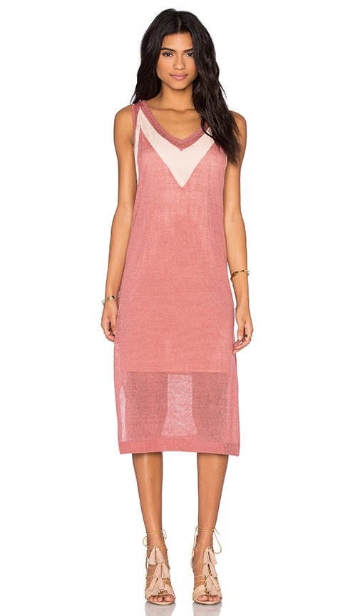 LEO & SAGE V Neck Midi Dress in Rose