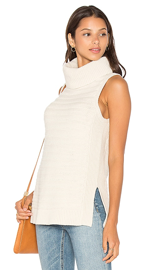 LEO & SAGE Sleeveless Turtleneck Sweater in Ivory