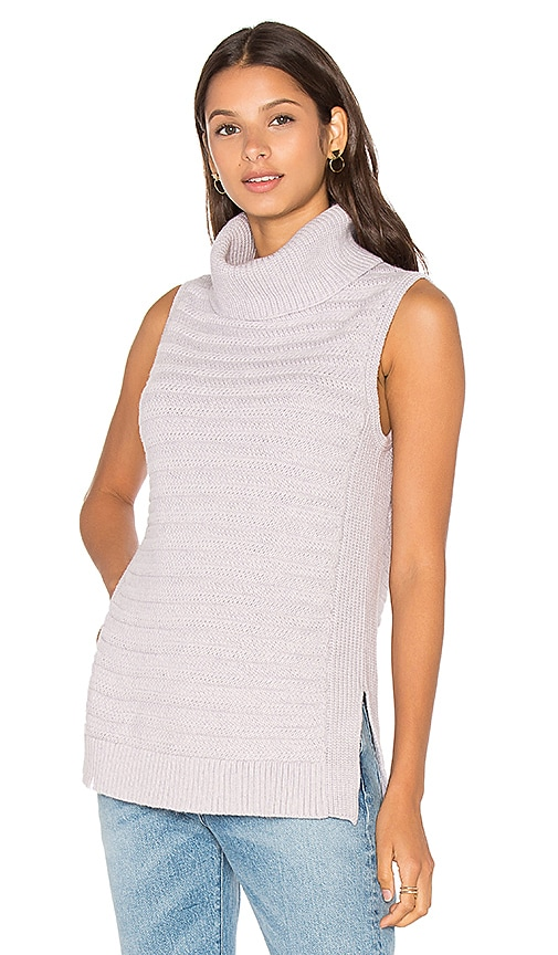 LEO & SAGE Sleeveless Turtleneck Sweater in Lavender