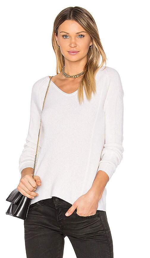 LEO & SAGE V Neck Sweater in Gray