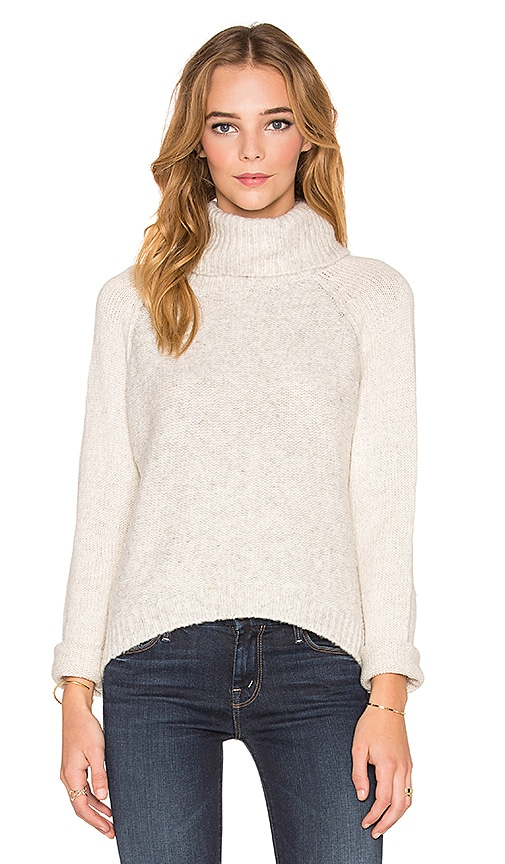 Line Harbor Turtleneck Sweater in Avalanche & Ivory