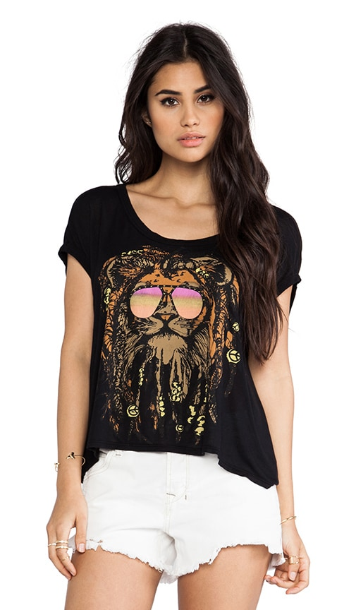 Becky Faded Rasta Lion Scoop Crop Tee