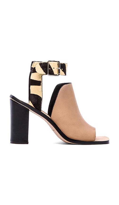 Maisy Heel