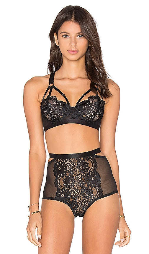 Lonely Lulu Underwire Bra in Black