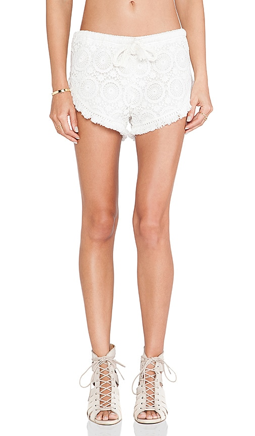 Le Salty Label Kokonut Tassel Short in White