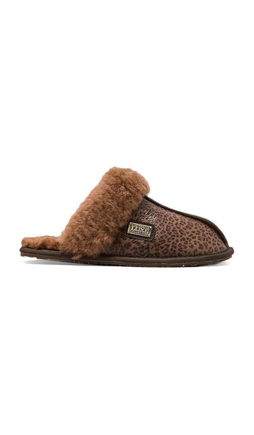 Closed Mule Slip On with Sheepskin