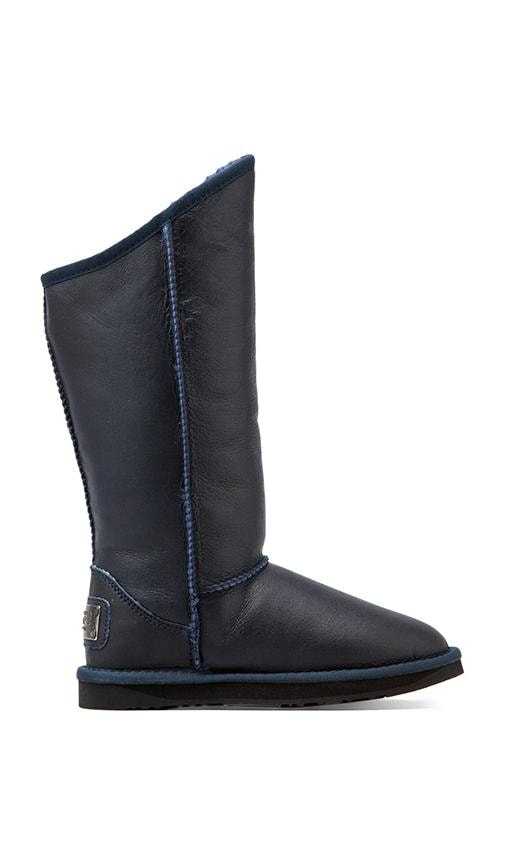 Cosy Tall Boot with Sheepskin
