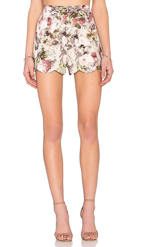 Lucca Couture Scallop Hem Short in Red