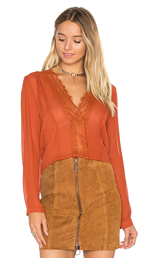 Lucy Paris Carissa V Neck Top in Rust