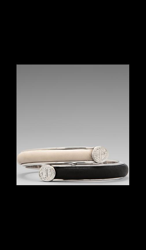 Skinny Engraved Turnlock Leather Bracelet