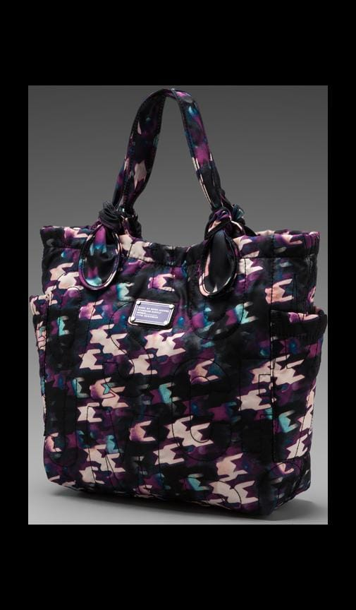 Pretty Nylon Printed Medium Tote