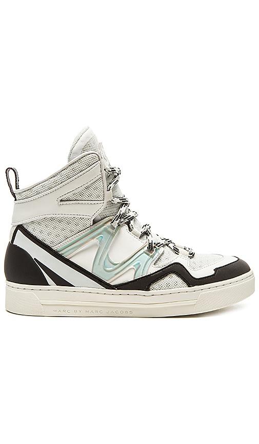 äkta ny design billigt till salu Marc by Marc Jacobs Ninja Hi Top Tech Sneaker in Off White & Black ...