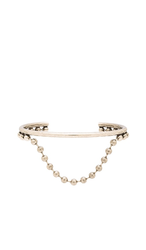 Marc Jacobs Pearl Hanging Ball Chain Cuff in Metallic Silver