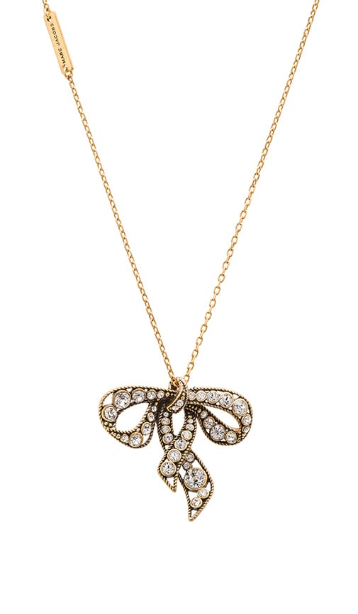 Marc Jacobs Charms Bow Necklace in Metallic Gold