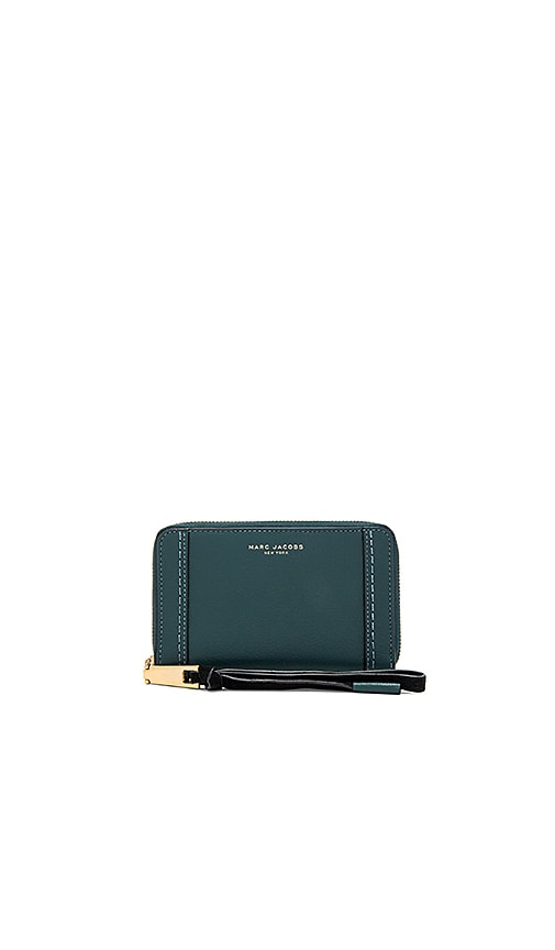 Marc Jacobs Maverick Zip Phone Wristlet in Dark Green