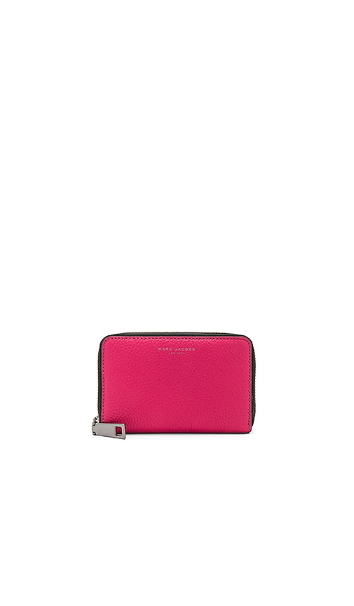 Marc Jacobs Gotham Saffiano Small Standard Wallet in Red