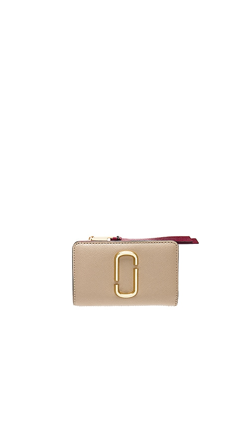 Marc Jacobs Compact Wallet in Taupe