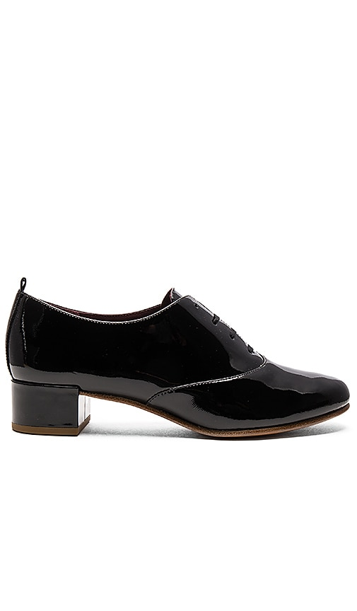 Marc Jacobs Betty Lace Up Oxford in Black