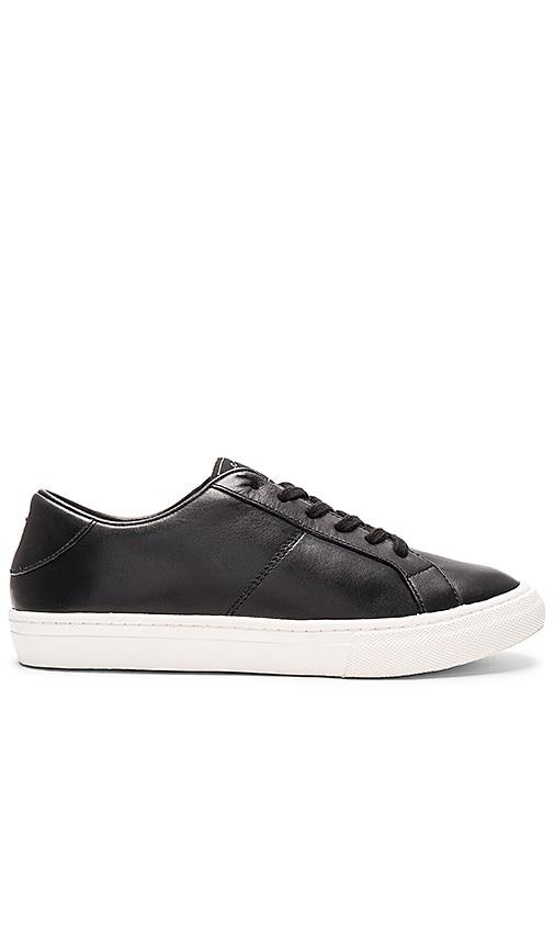 Marc Jacobs Empire Low Top Sneaker in Black