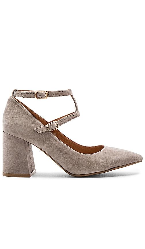 Matiko Skye Heels in Gray