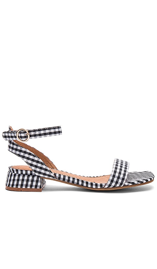 Matiko Raquela Sandal in Black & White
