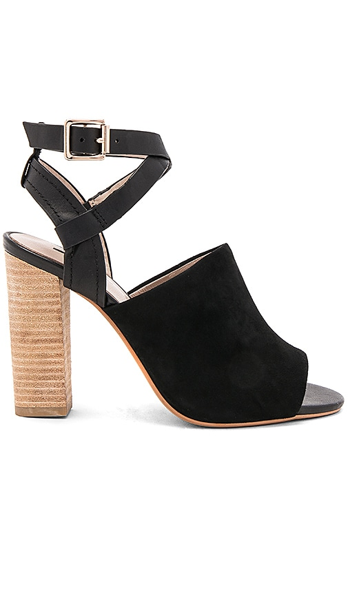 Matiko Michelle Heel in Black
