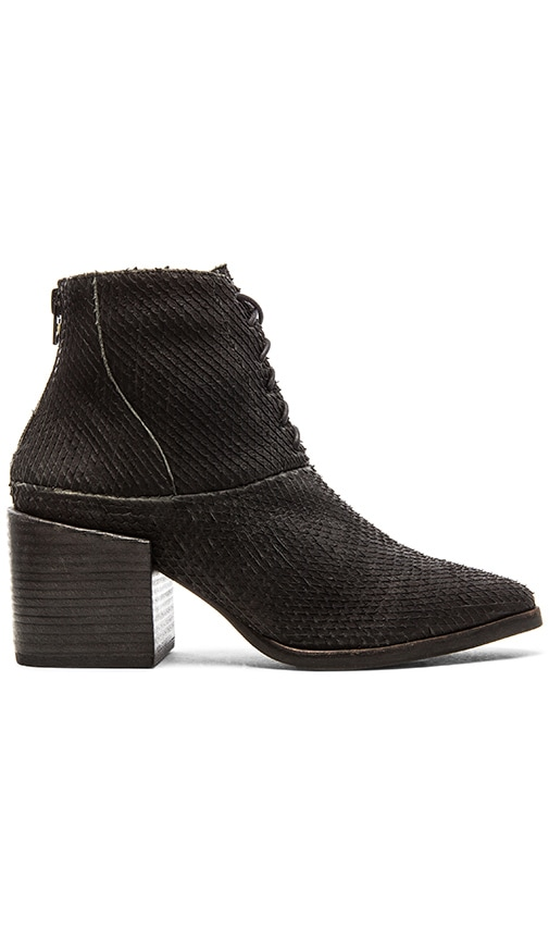 Matisse Vixen Bootie in Black