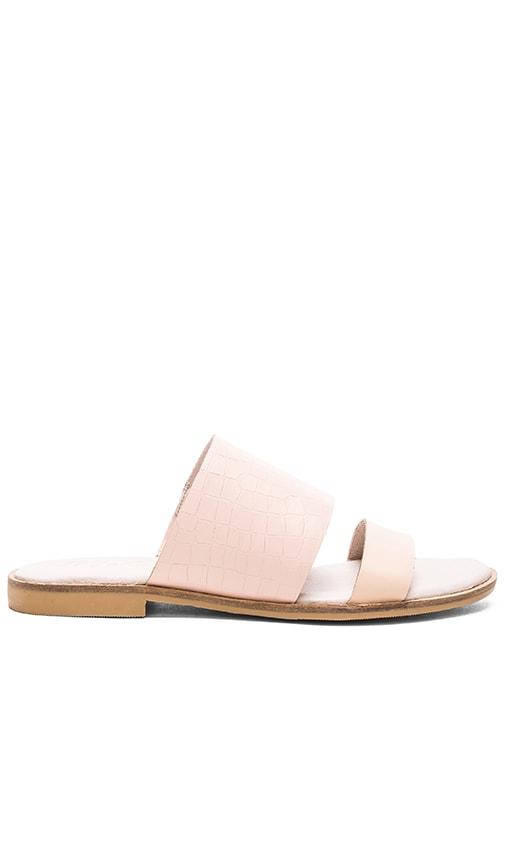 Minnie Sandal