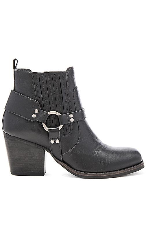 Matisse Jasmin Booties in Black