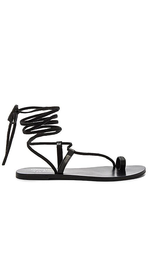 Matisse Getaway Sandal in Black