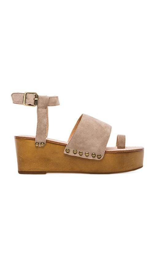 Holly Toe Strap Platform