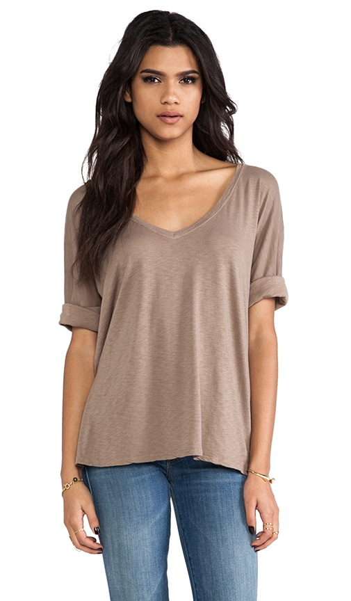 Elbow Roll Sleeve V Neck Tee