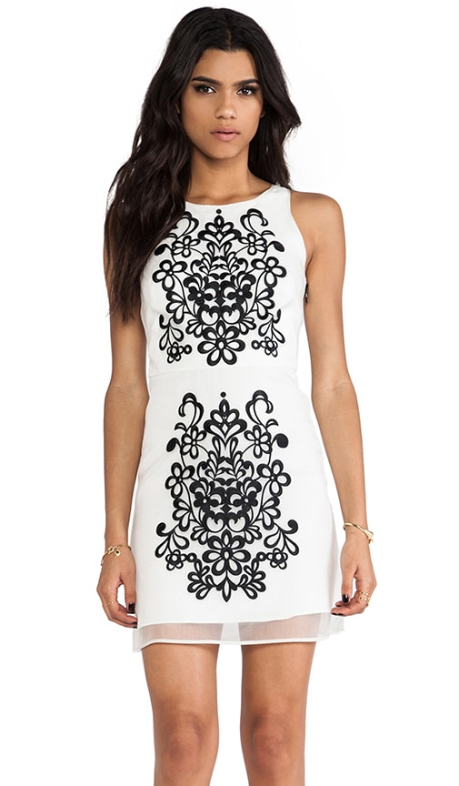 Embroidered Slim Shift Dress